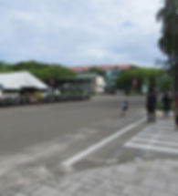 Парковка возле центрального рынка Хулхумале