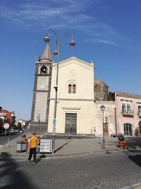 Церковь городка Николози