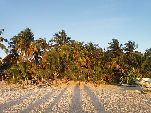 Закат на острове Исла Мухерес