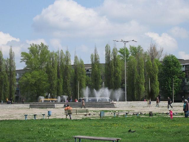 Фонтан возле дворца культуры