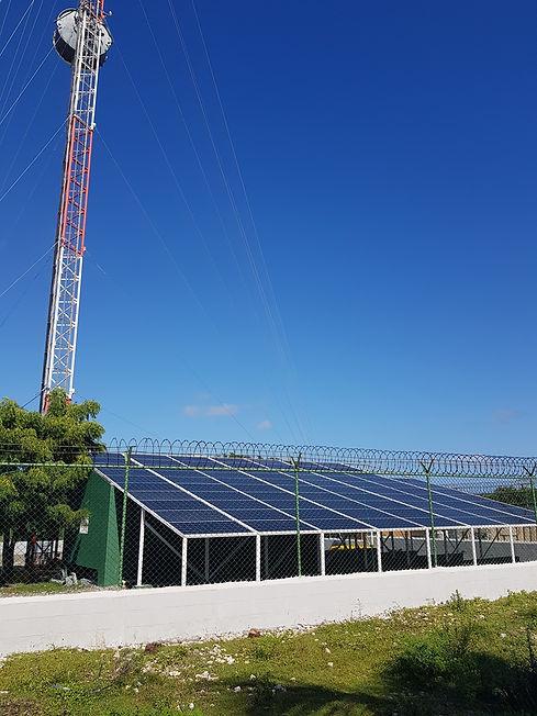 Телевышка Мано Хуана на солнечных батареях