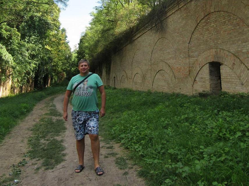 Идем в Таракановский форт, Украина