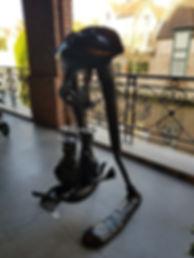 Скульптура из железа в Брюгге