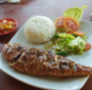 Жареная рыба в ресторанчике