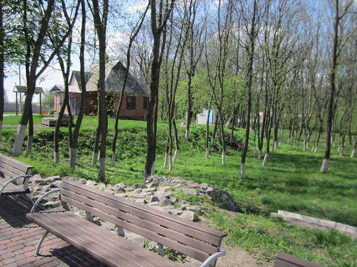 Парк возле скита