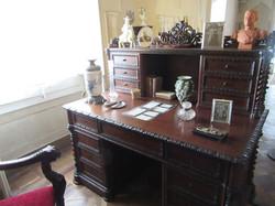 Рабочий стол монарха