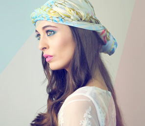 Headscarves: The Classic Trend (+ Giveaway)