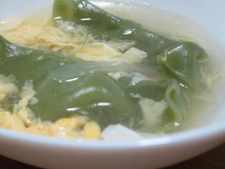 鉄分たっぷり ポパイ餃子でたまごスープをご紹介します。