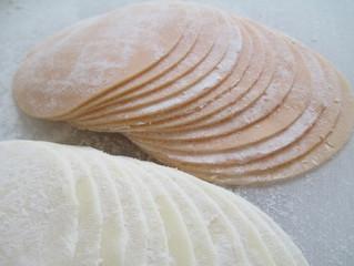 餃子の皮が美味い 赤と緑と白のワンランク上の皮選び