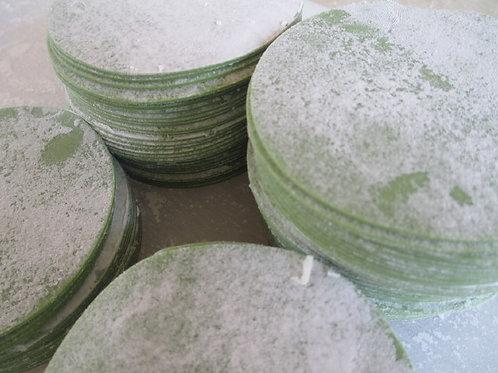 グリーン餃子の皮(90mm)300枚 食卓が話題に