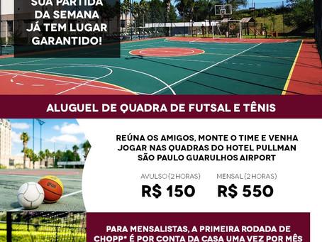 Reúna os amigos e jogue futebol e tênis ao lado do Aeroporto