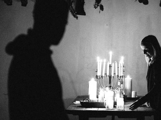 20180527-Shakespeare-Candles-BlackandWhite-24_edited.jpg