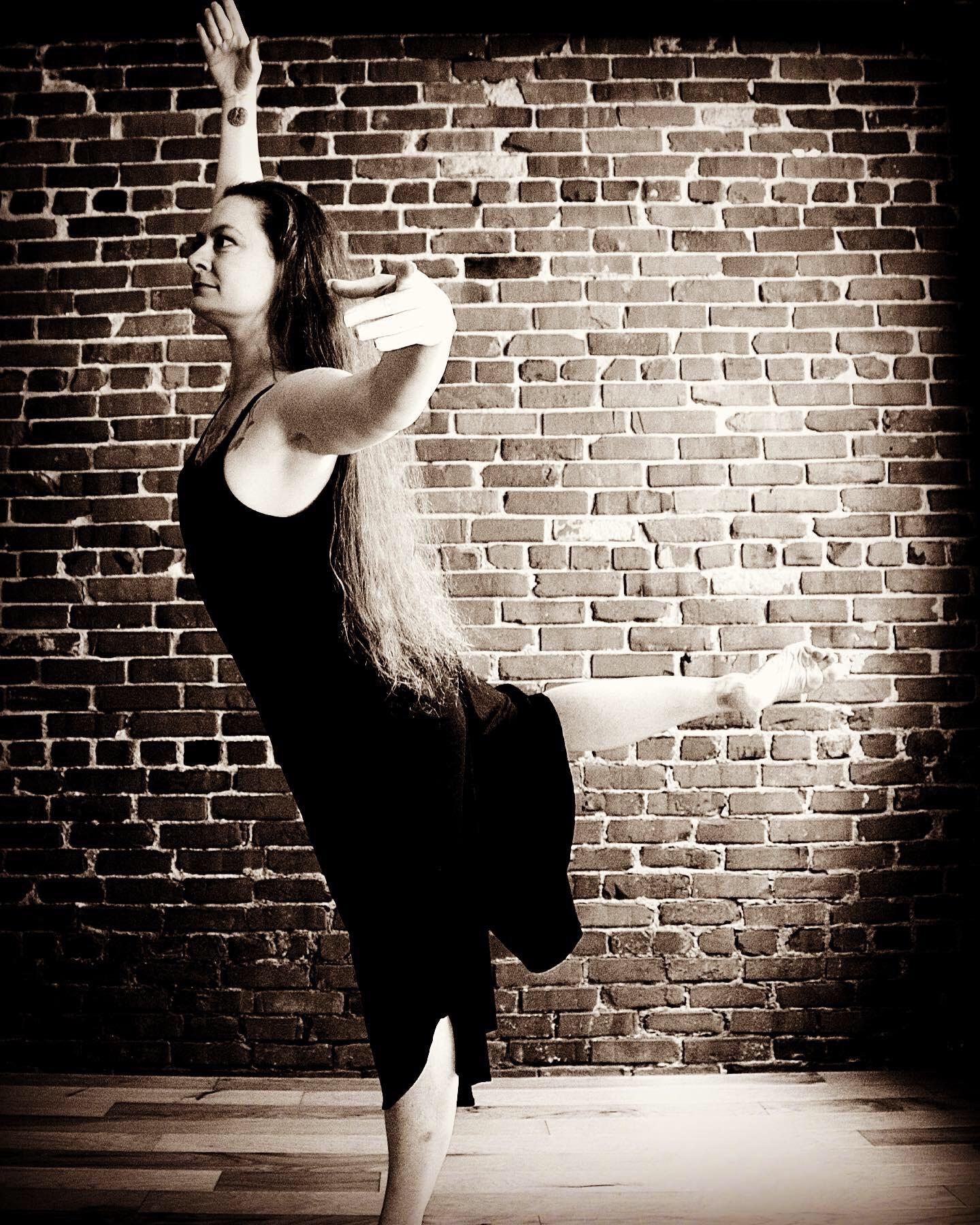 Ballet (Beg/Int) ZOOM