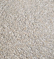 création d'allées calcaire compacté avec Ambiances et paysage à Thédirac dans le Lot