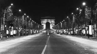 Paris by night by Thomas Gros