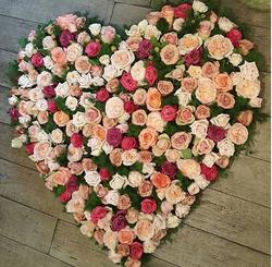 Premium Full Heart Wreath
