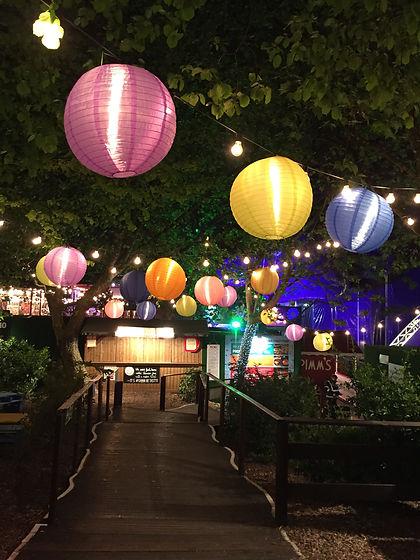 assorted-hanging-paper-lamps-698907.jpg