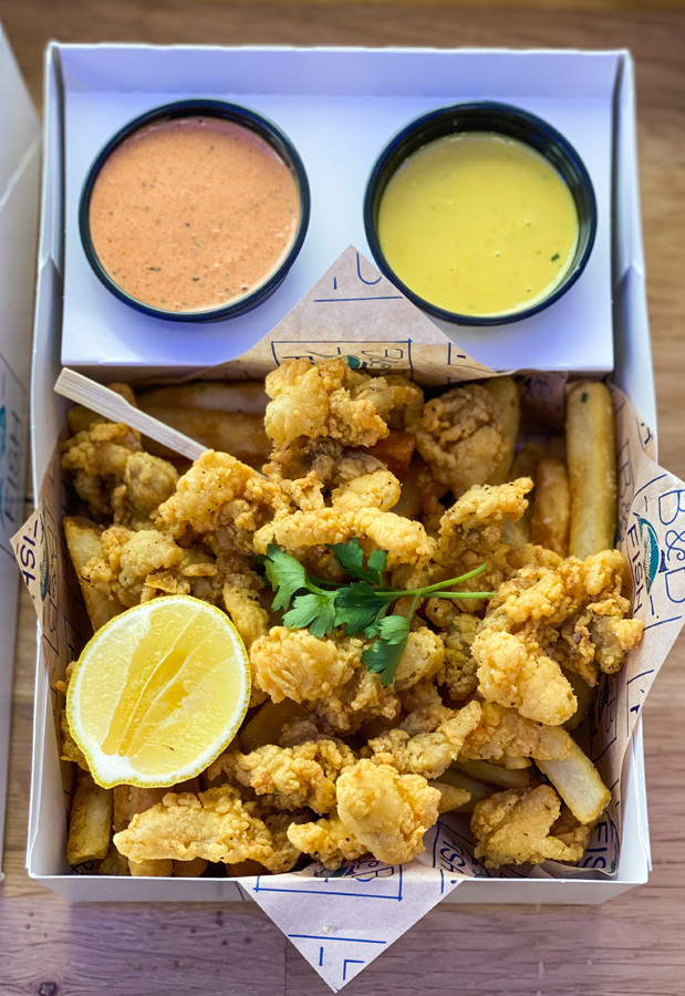 Fried Clams with Sauces