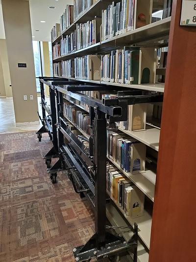 librarylift2.jpg