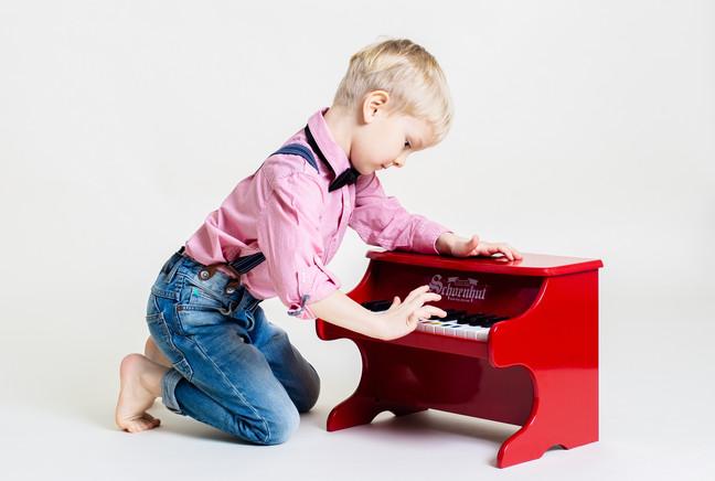 Alex Piano 2.jpg