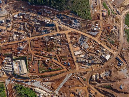Obras de Bento Rodrigues e Paracatu de Baixo se assemelham à construção de verdadeiras cidades
