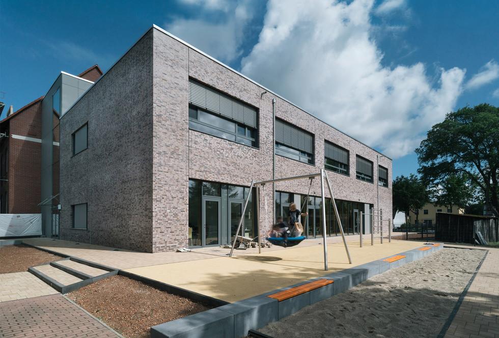 neubau grundschule, sachsenhausen