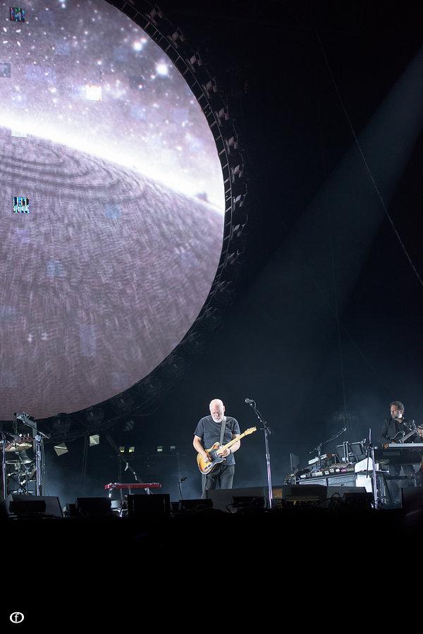 David Gilmour 2015-3890.jpg