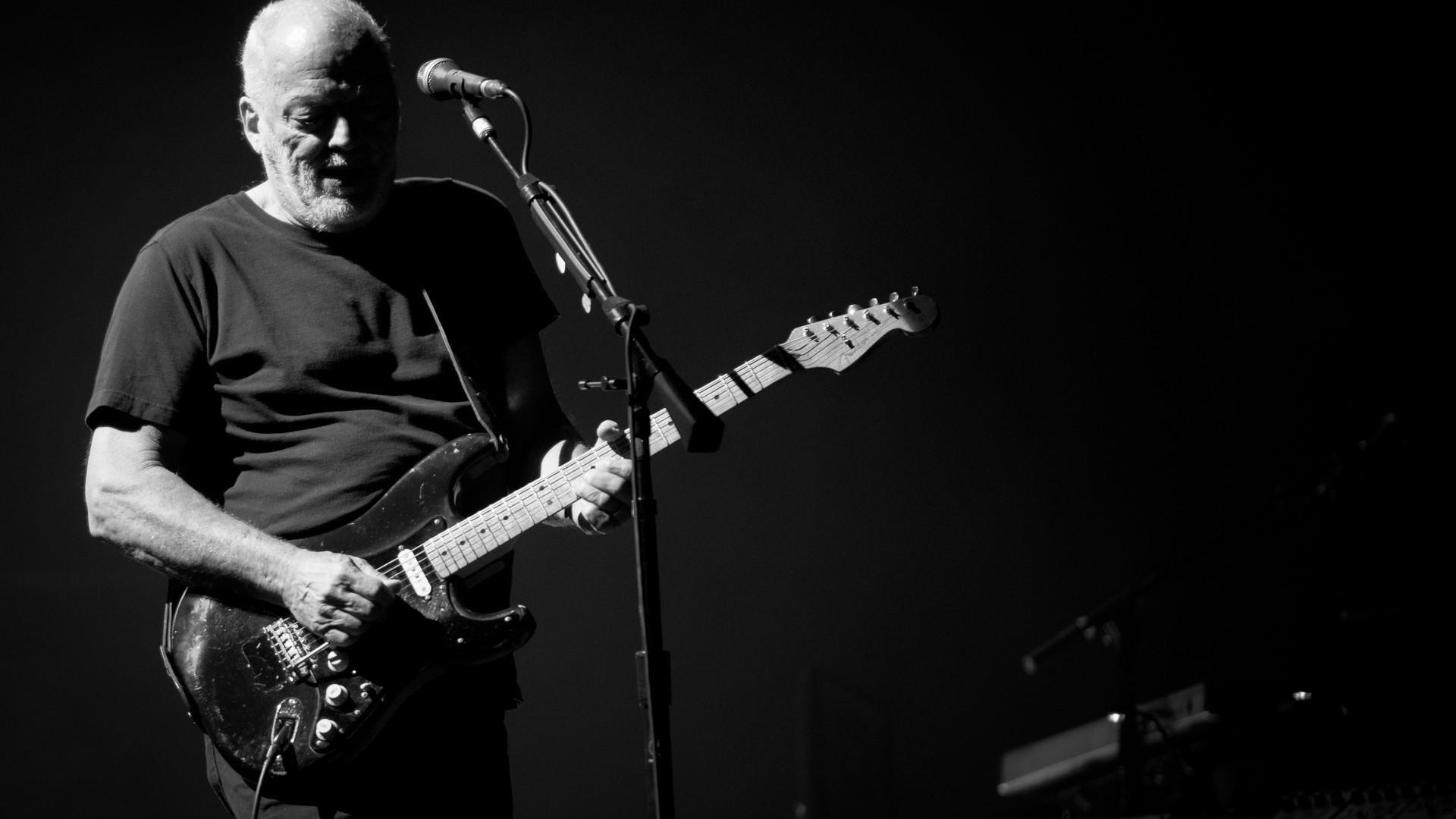 David Gilmour 2015-4492-2.jpg