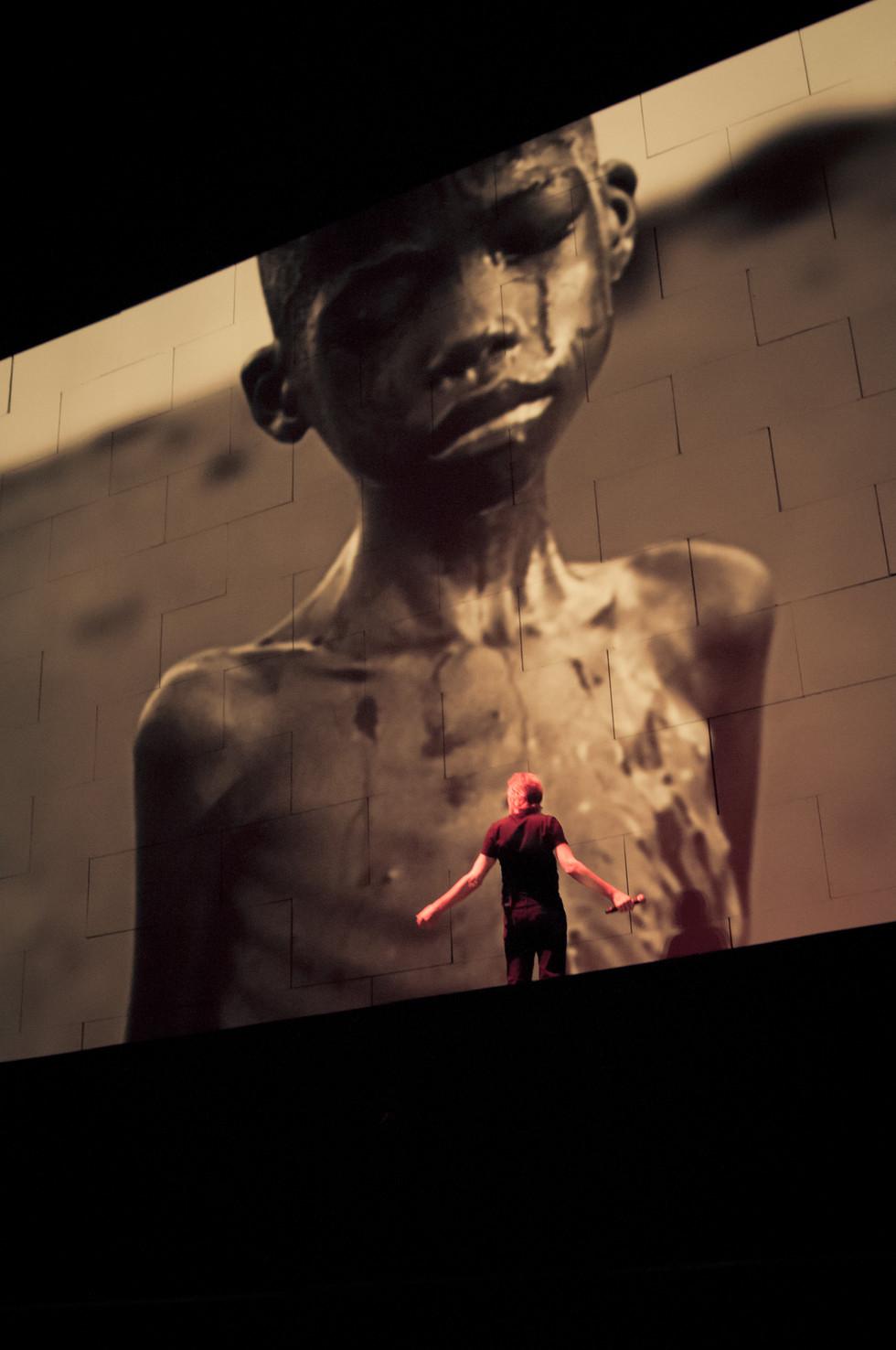 Roger Waters 2012-1.jpg