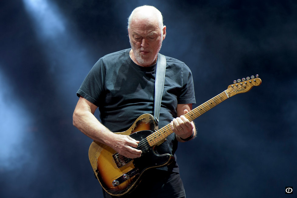 David Gilmour Santiago-.jpg