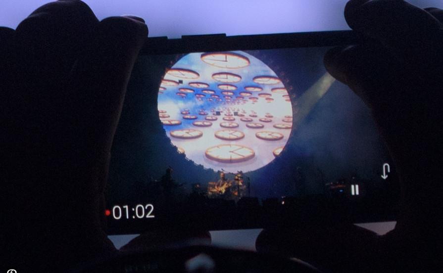 David Gilmour 2015-4768-5.jpg