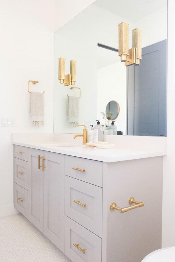 gibbs bathroom.jpg