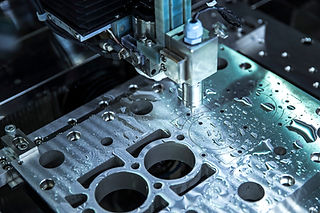 Close up CNC milling/drilling machine wo