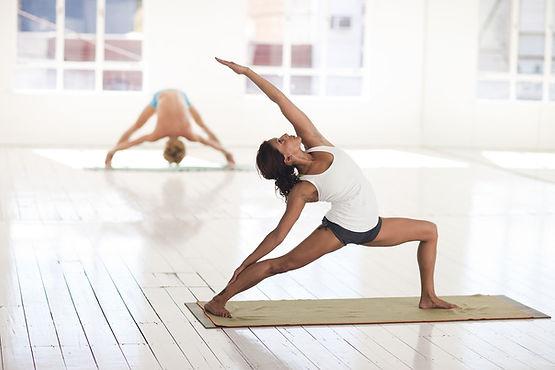 yoga-2959226_1920.jpg