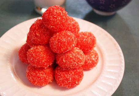 Sir Eat-a-Lot's Rasberry Snowballs