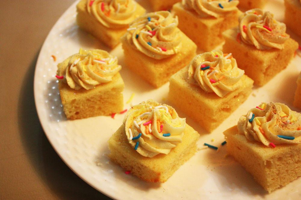 Sir Eat-a-Lot's Vanilla Cake Squares