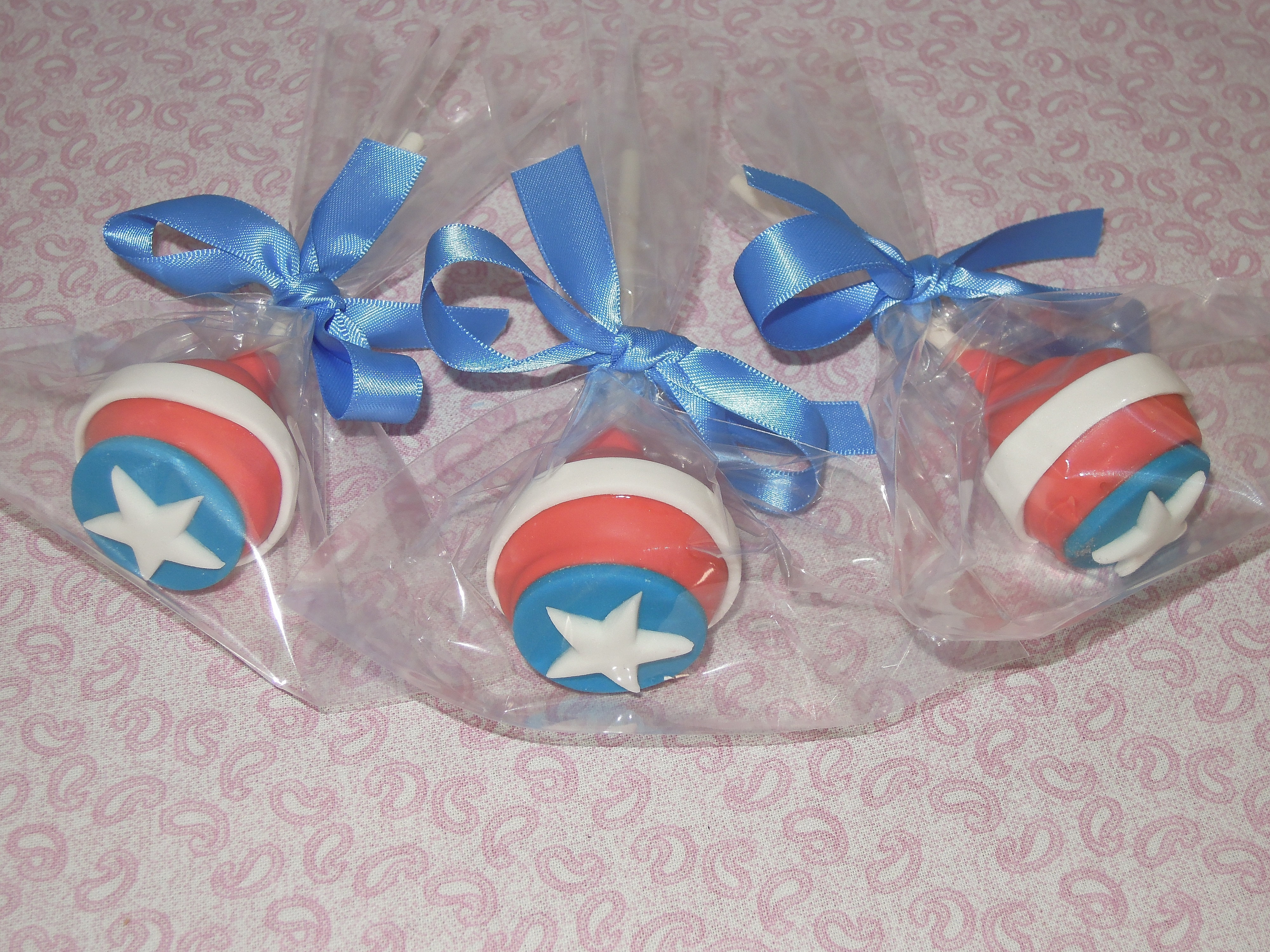 Cake Pops Captain America