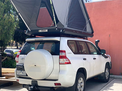 Boss RT1 Roof top tent on Prado 150.jpg