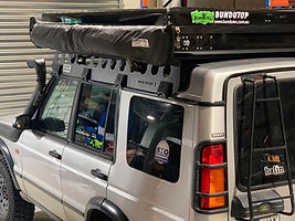 Land Rover Discovery 2 Roof rack One Piece by Tough Touring.jpg