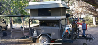 Custom trailer with Bundutop King Fitted