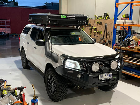 Nissan Navara Mounted with Bundutop over