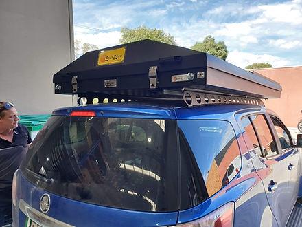 Holden Trailblazer with Eezi Awn Blade r