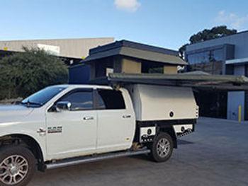 Dodge-Ram-with-Bundutop-1600-and-Ostrich