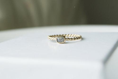 9ct Gold Grey Baguette Diamond Twist Ring