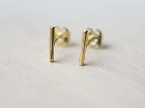 Tiny 9ct Gold Bar Studs
