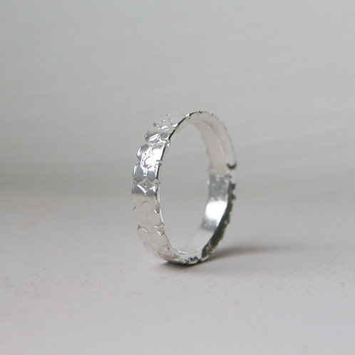 Wide Flower Patterned Ring In Silver