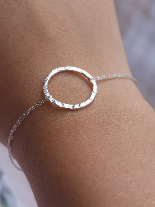 Textured Silver Circle Bracelet