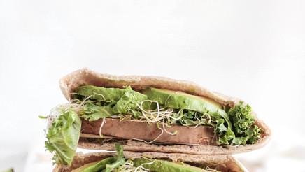 Broodje met avocado.jpg