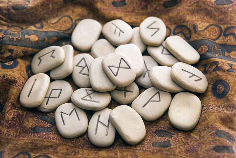 rune-stones-78048307-57d08b203df78c71b62