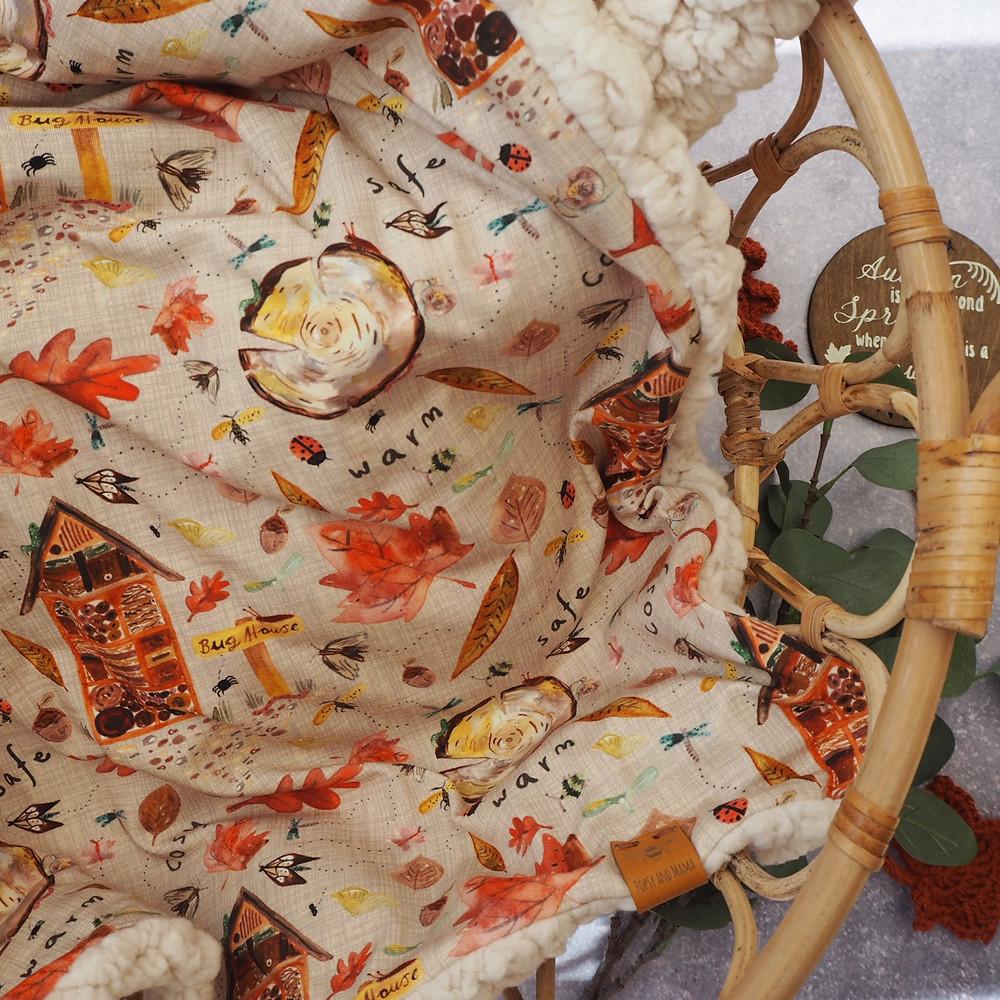 Bug printed blanket